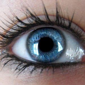 Изменить цвет глаз стало реально!