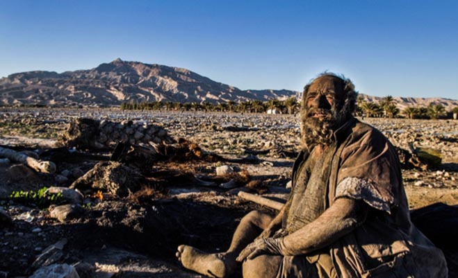 Man-Hasnt-bathed-60-Years-Photos-Iran1