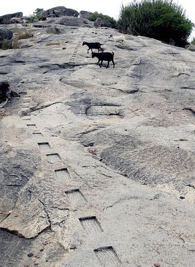 Barabar-Caves-34