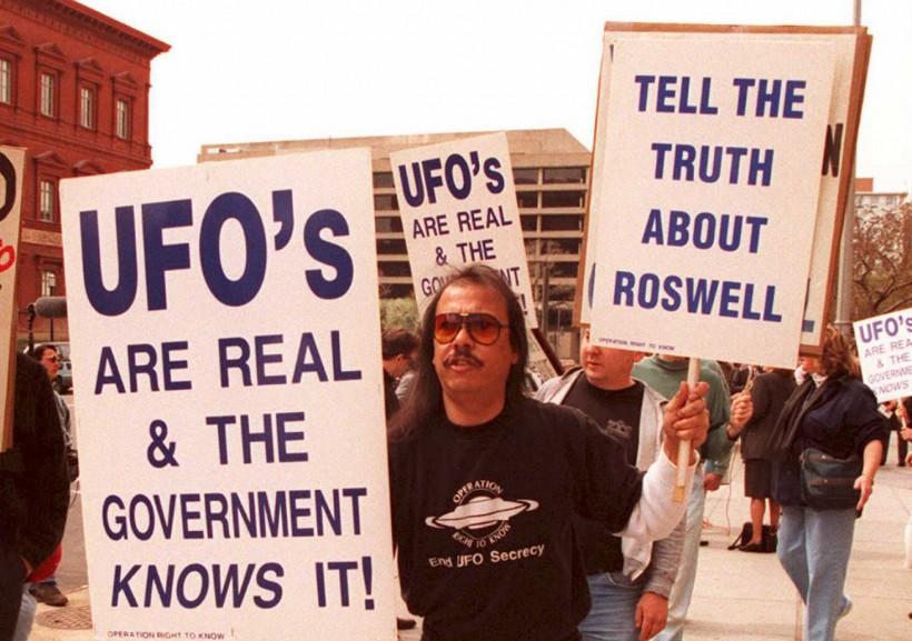 US-UFO-DEMONSTRATION