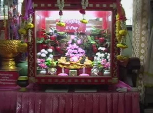 naree-pon-fairy-wat-temple-1434442558